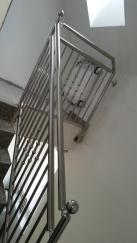 Innentreppe mit Handlauf aus Edelstahl